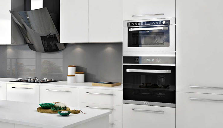 7 Simple Ideas for Smart Vertical Kitchens