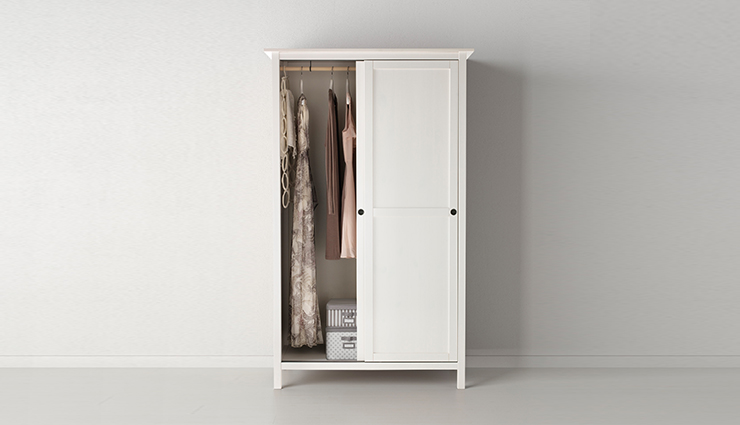 Free-standing wardrobes can be customised to a specific space you want to occupy in your house.